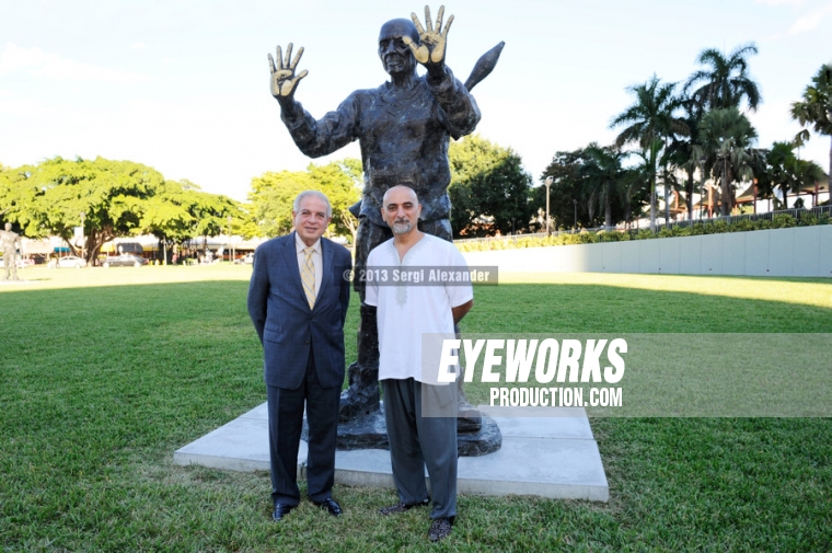 Mayor Tomas Regalado & Artist Ahmed Albahrani Bayfront Park War To War.
